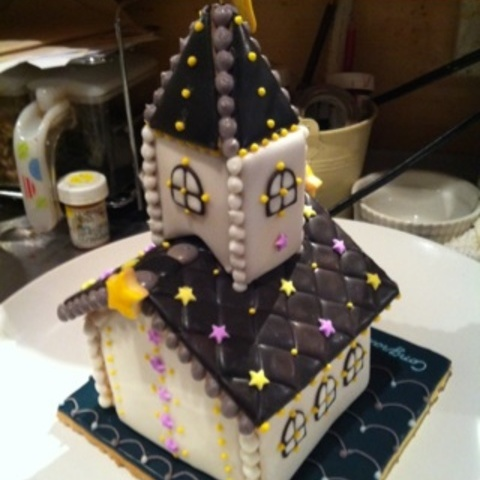 ネオン輝くお菓子の教会~バック~サムネイル