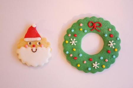 まんまるサンタさんとクリスマスリース